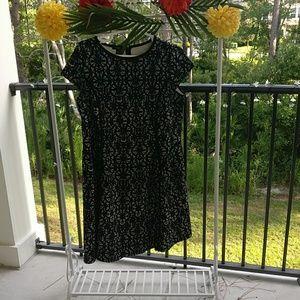 Alfani capped sleeve black and white dress